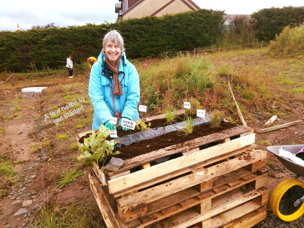 Carluke ONECarluke Community Growing and Learning Garden!